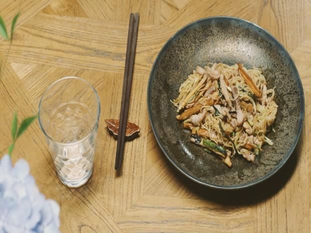 肉丝拌川&三黑红米豆浆